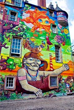 Os Gemeos graffiti