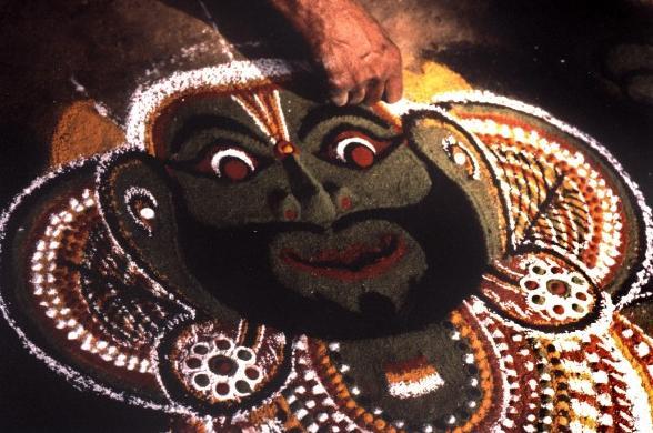 南インドの伝統的なストリートアート・Kolam (コーラム)