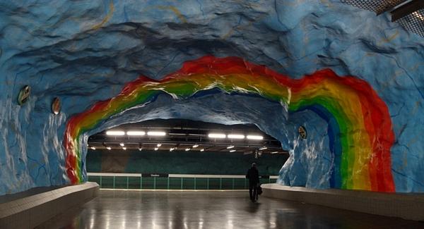 アンダーグラウンドアート:ストックホームの地下鉄アート