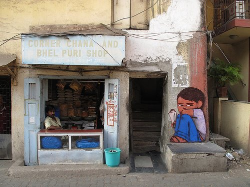 インドのマンバイ市のグラフィティアートのプロジェクト