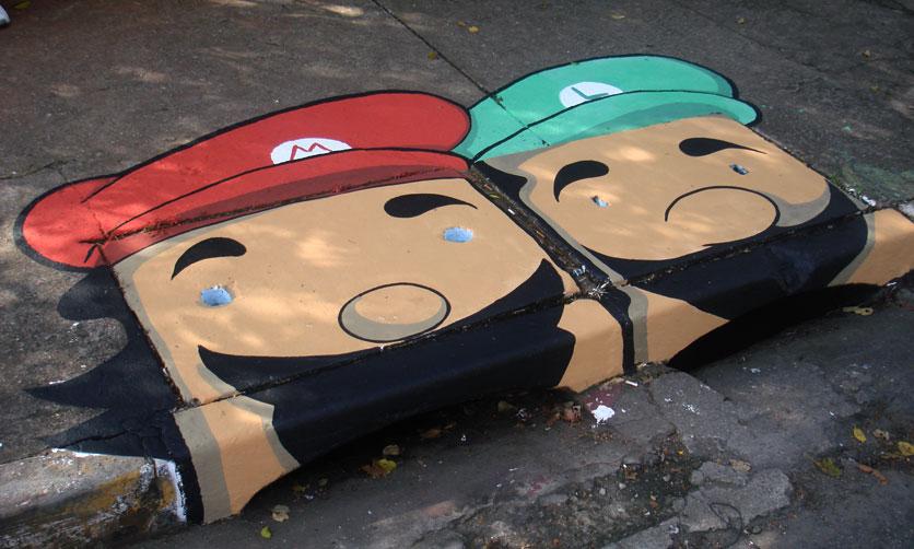 ブラジルのストリートアートプロジェクト:下水カバーのストリートアート