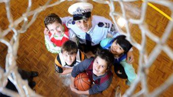 ミッドナイトバスケットボール イン オーストラリア