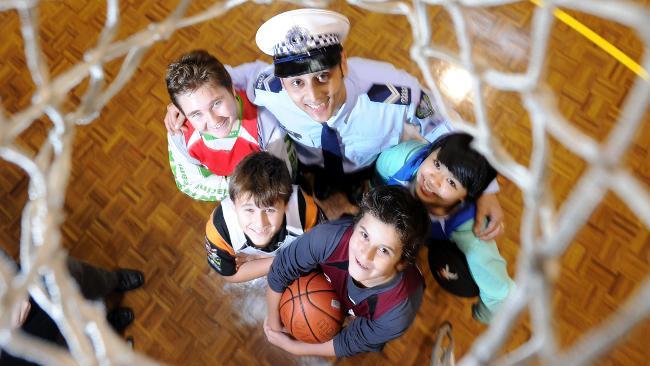 アメリカで生まれた社会プロジェクトミッドナイトバスケットボール:(真夜中のバスケットボールプロジェクト)