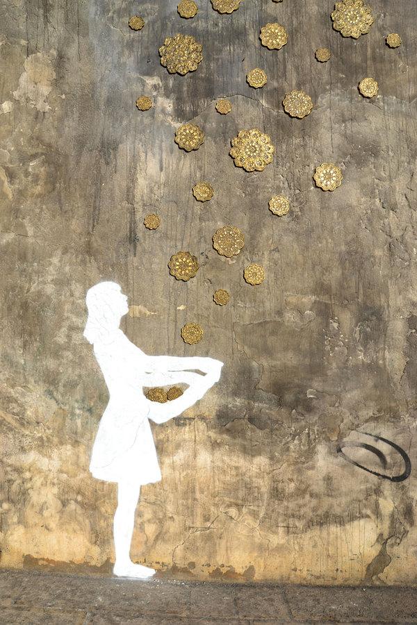 アーバン美化アートプロジェクト:ポーランド人ストリートアーティストのNeSpoon