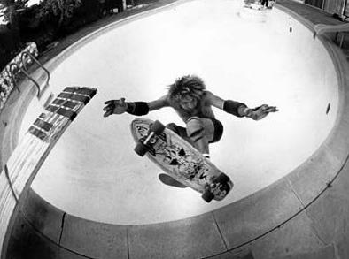 スケートボードドキュメンタリー映画:ドッグタウン・アンド・Zボーイズ (DOGTOWN & Z-BOYS)