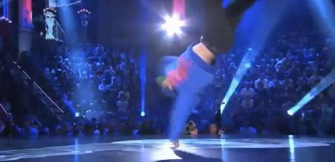 日本人ブレイクダンサー B-BOYタイスケのベストダンスビデオ