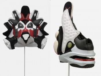 スニーカーアートのトライバルマスク